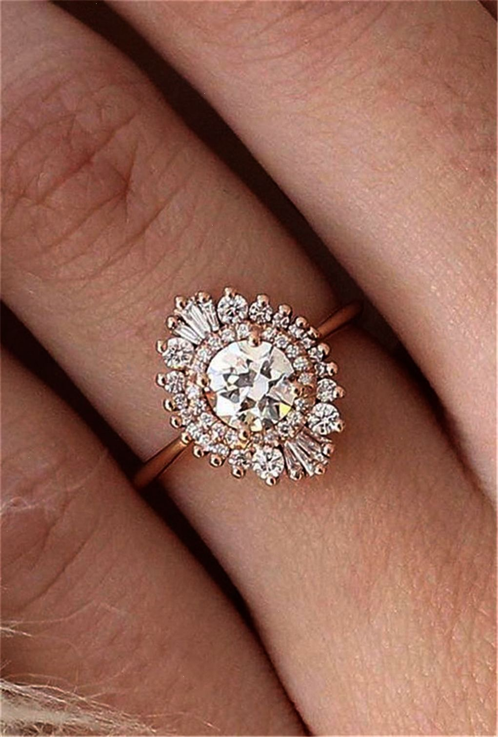 Vintage engagement rings with stunning details engagement
