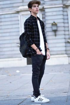 40 Cool And Classy Outfits For Teen Boys is part of Clothes Mens Outfits - So, your boys are now out of school and all are all set to hit the high school or college for their further studies  This is the time, when your teen boys will want to look all rock star type to be able to attract attention of all their friends and family  You never know, …