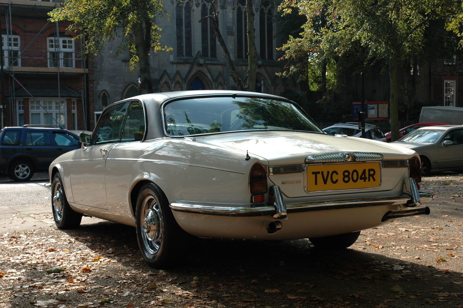 Daimler Sovereign Coupe 4 2 Auto 1977 In Old English White With