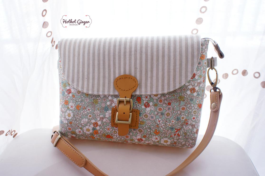 Hothot Ginger ♥ Handmade Craft 手作杂货: Floral Classic Sling Bag   碎花经典款斜跨包   SOLD