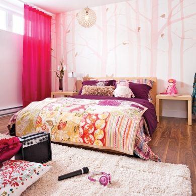 Chambre de fillette - Pleine de douceur - Papier peint d\'arbres ...