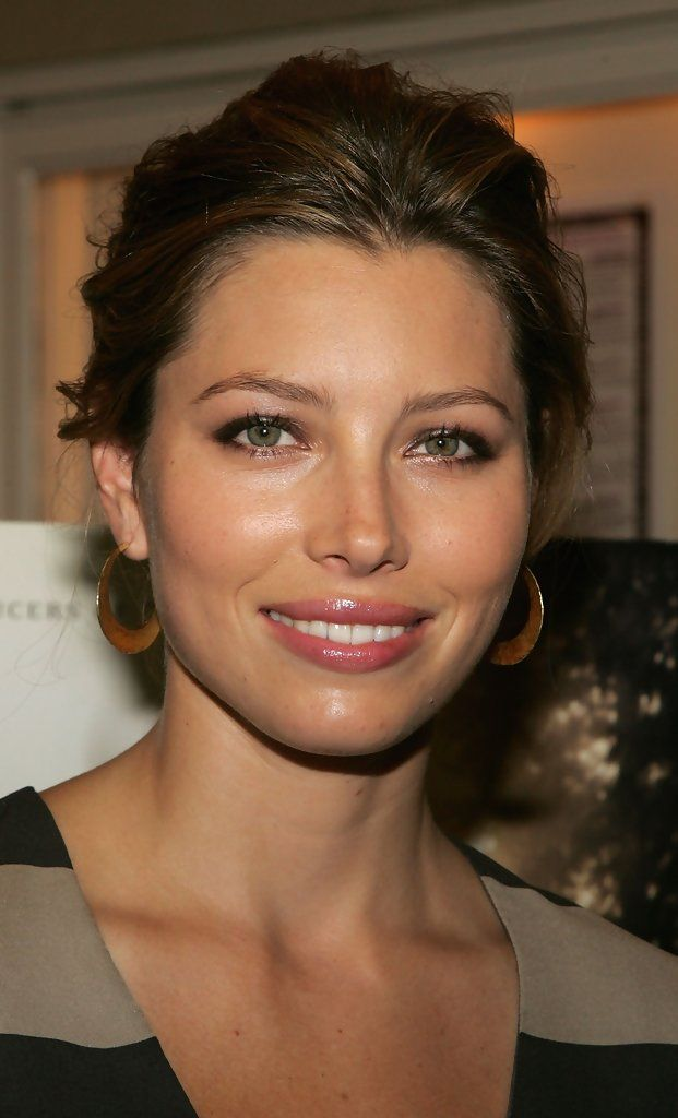 "Jessica Biel Photos Photos: Sneak Preview Of ""The Illusionist ..."