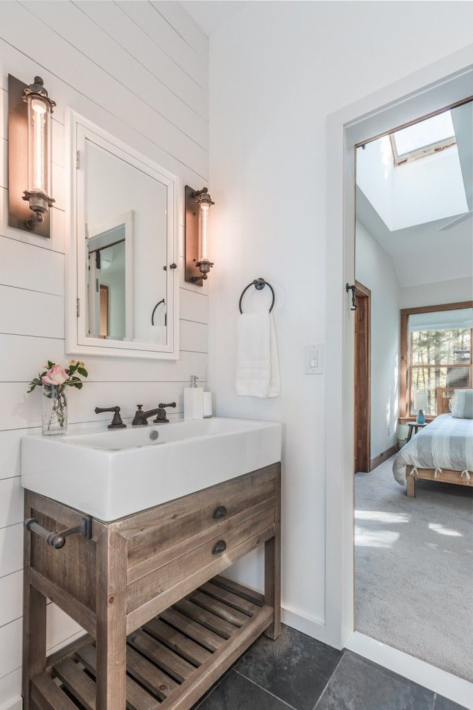 Merveilleux An NYC Couple Escapes To The Country, Part 1 | Bathroom Vanities U0026 Sinks |  Pinterest | Oil Rubbed Bronze Faucet, Porcelain Sink And Wood Vanity