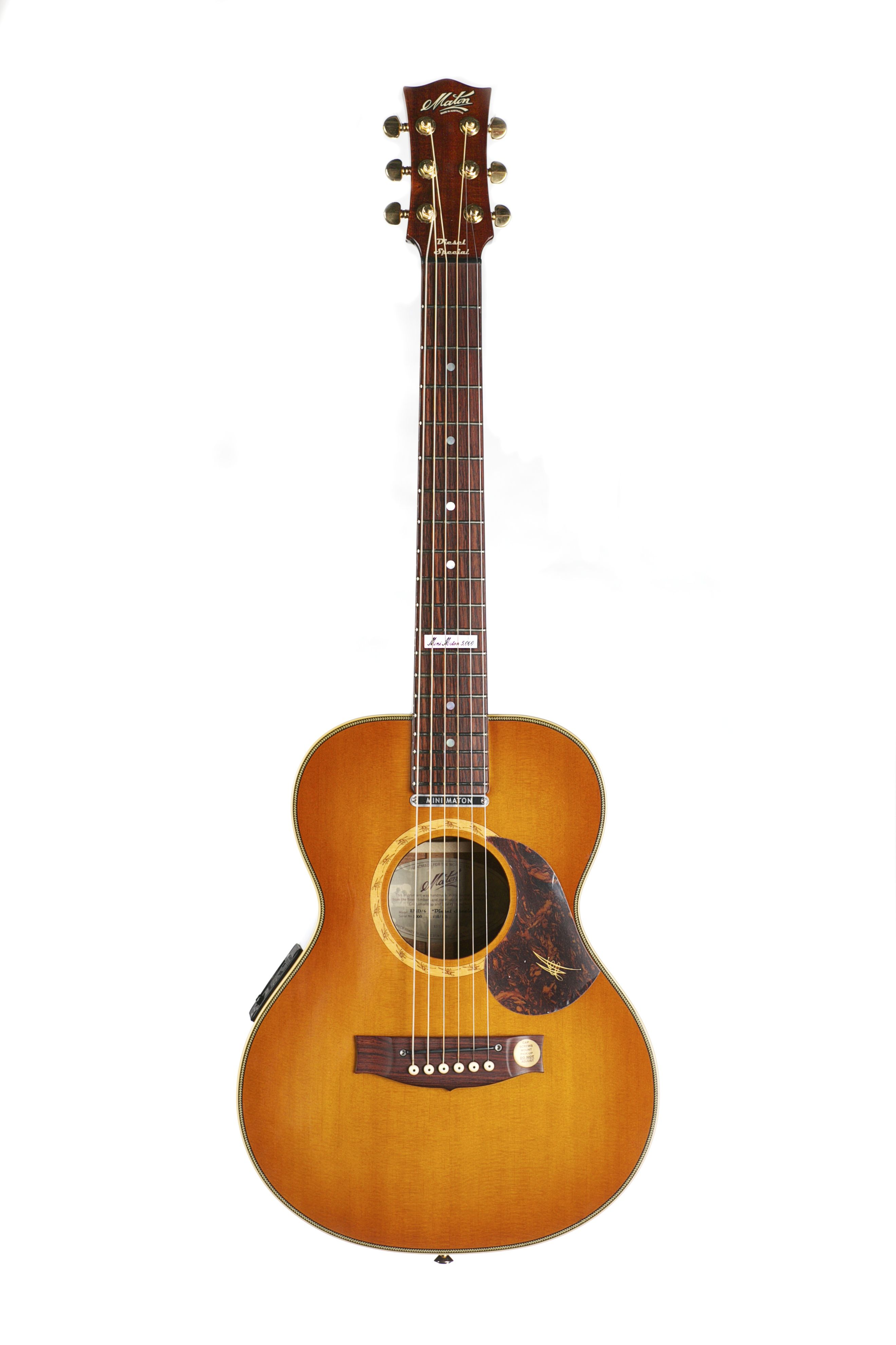 Australian Handmade Acoustic Diesel 5000 From Maton Front View Guitar Acoustic Music Instruments