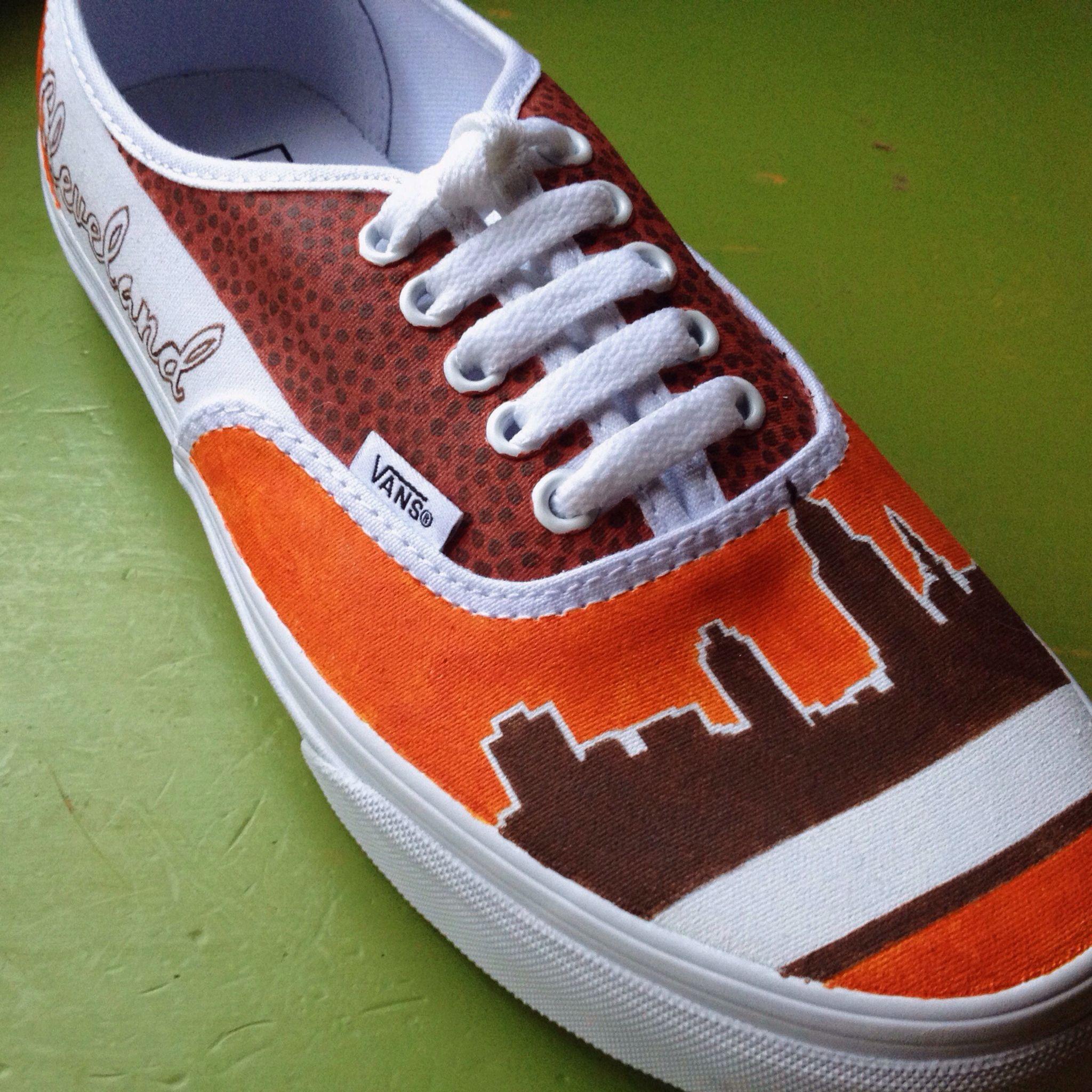 Cleveland Browns shoes   Vans old skool