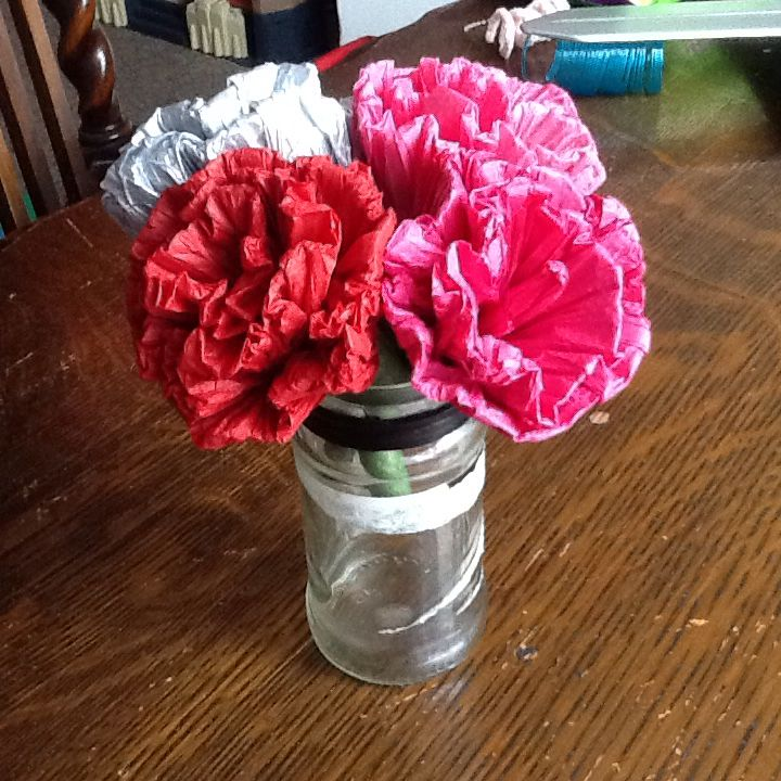 Origami carnations made with tissue paper tissue paper flowers origami carnations made with tissue paper mightylinksfo Images