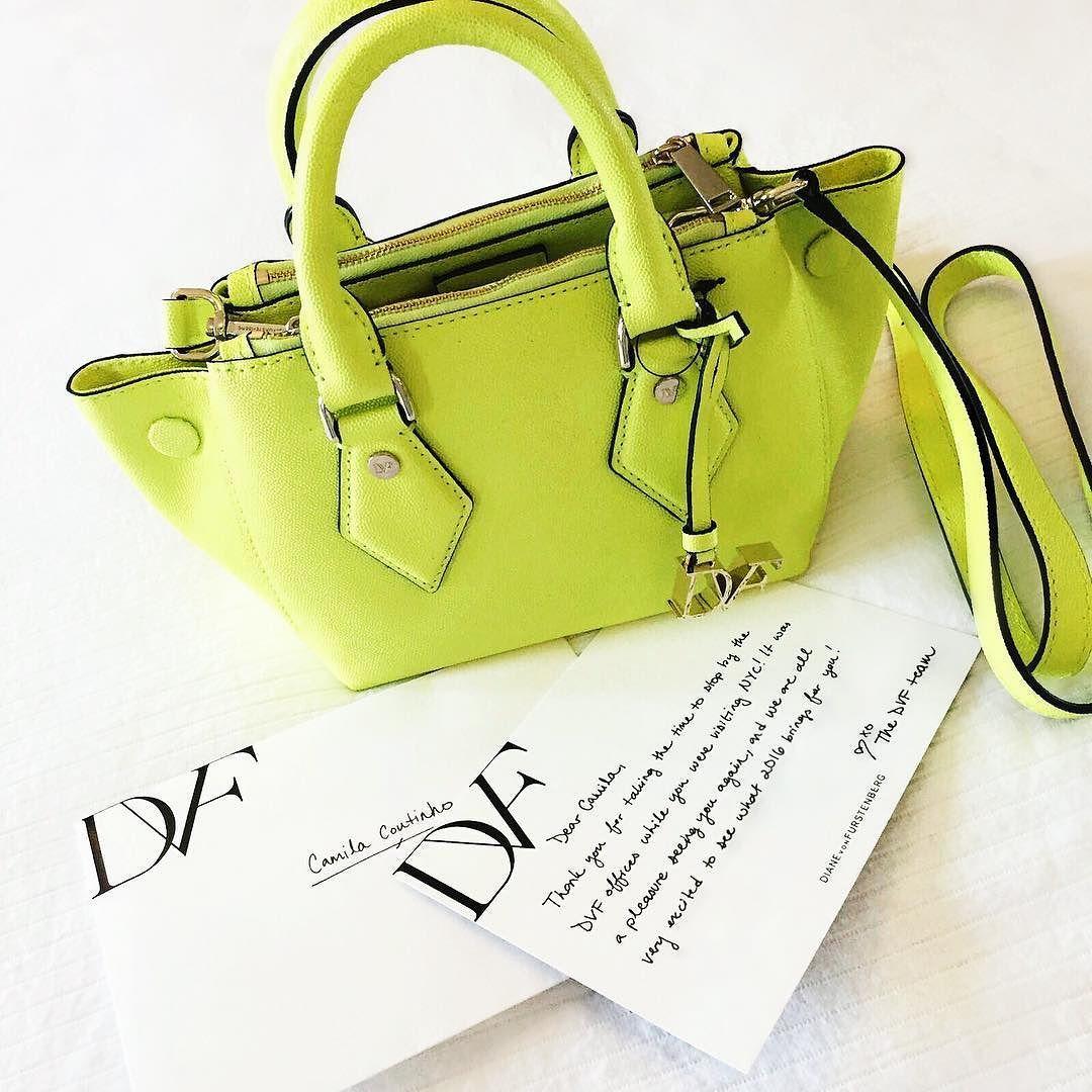 Thank you @dvf team! Love my new bag!  Presente lindo que ganhei da #dvf! Amei a cor e o tamanho da bolsa ansiosa pra usar! #neon by camilacoutinho