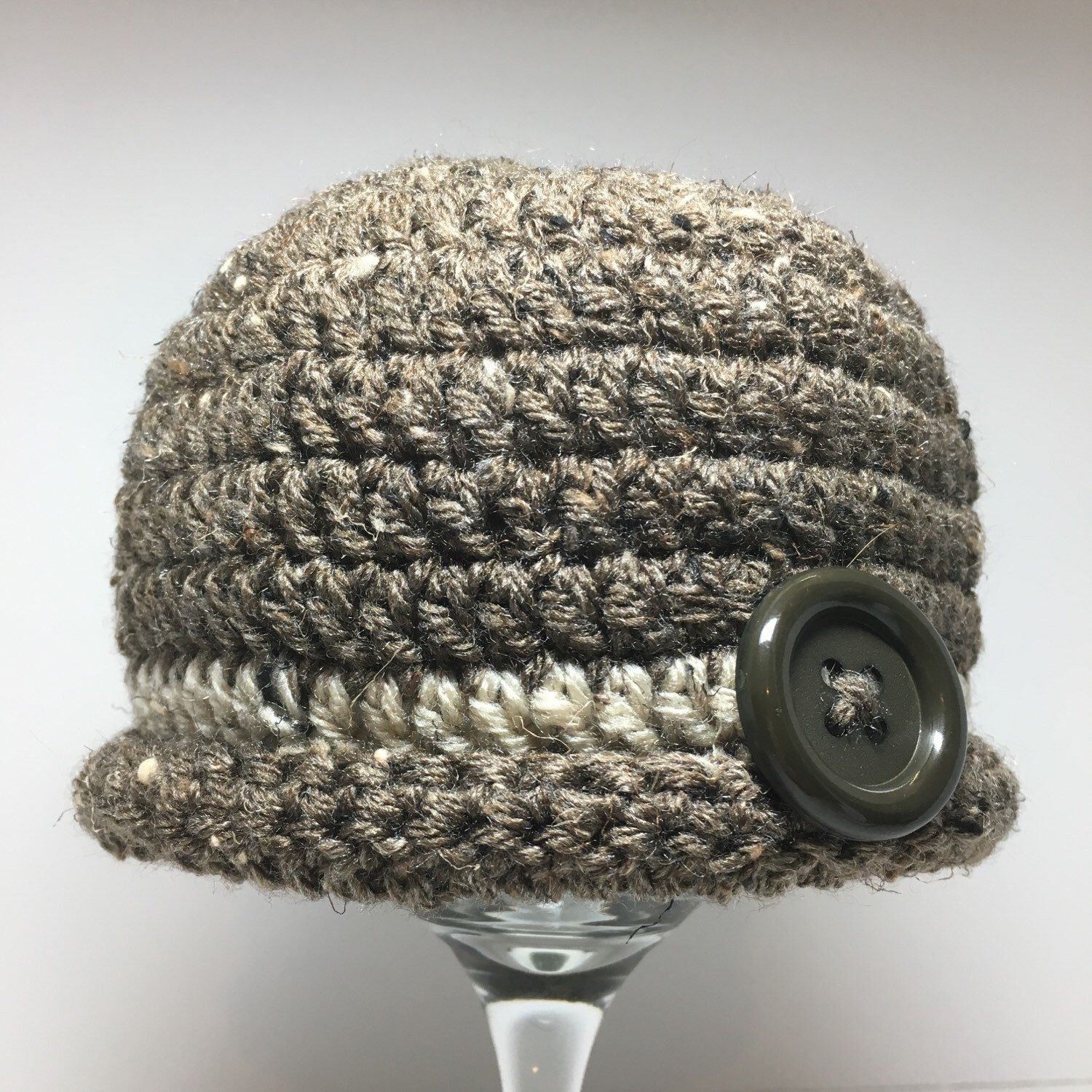 Crochet baby hat, crochet hat with button, baby beanie hat by anniescraftcloset on Etsy https://www.etsy.com/listing/271106807/crochet-baby-hat-crochet-hat-with-button