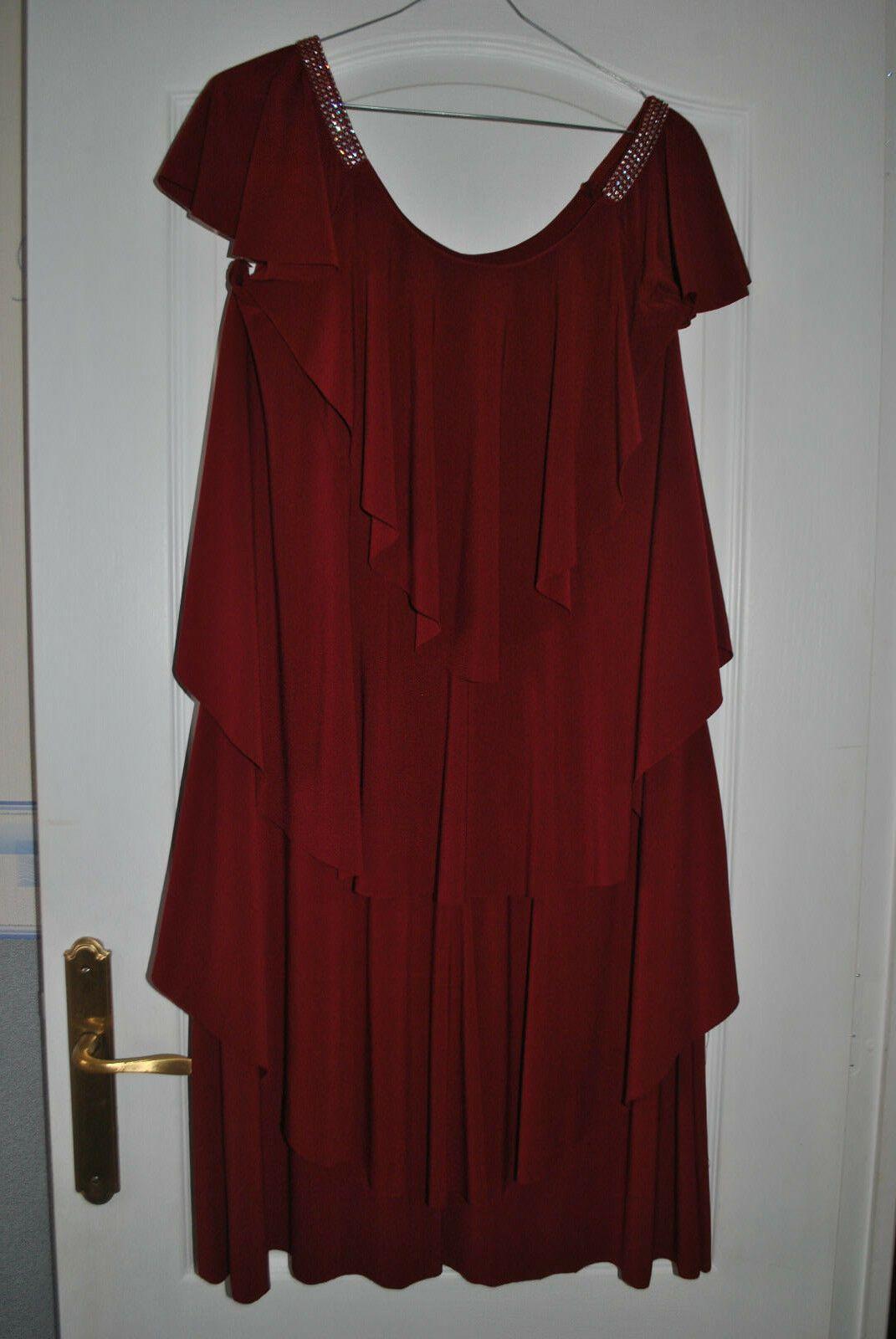 Details Sur Robe Fete Ceremonie Avec Strass Taille 48 Tres Bon Etat Robe Ceremonie Robe Robe De Fete