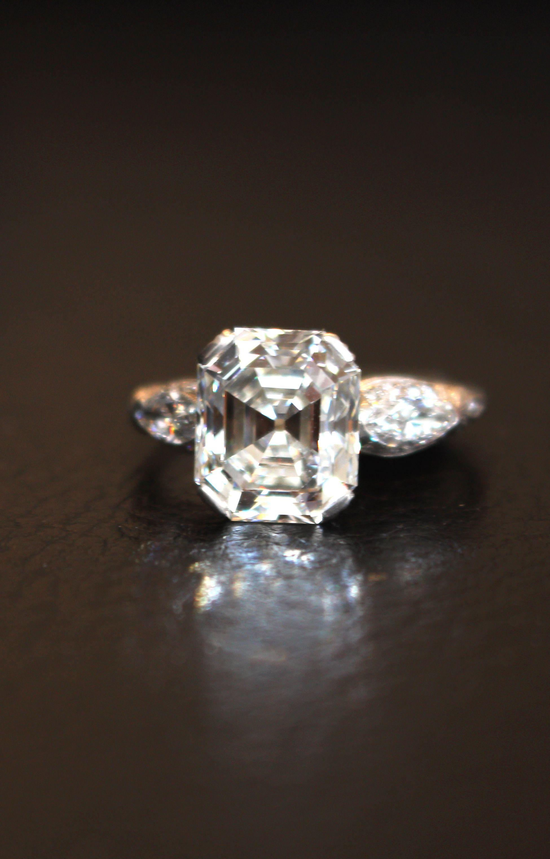 2.20CT Asscher Cut VVS1 Moissanite 3 Stone Engagement Ring Solid 14k White Gold