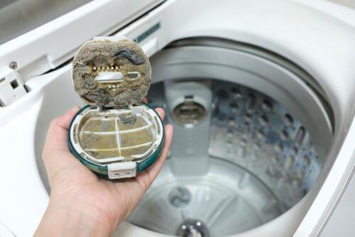 洗濯機の掃除方法 洗濯槽の奥はカビだらけだった 画像あり