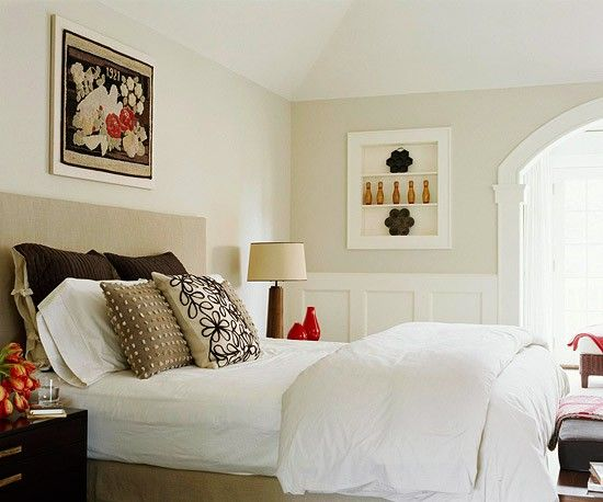 Accent Colors For Beige The Sumptuous Beige Bedding In This Modern Bedroom Pick Up On