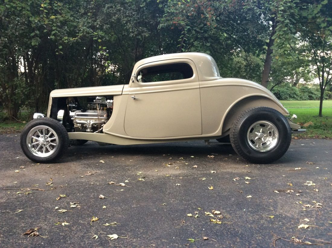 Charles Conners' '33 Ford Coupe