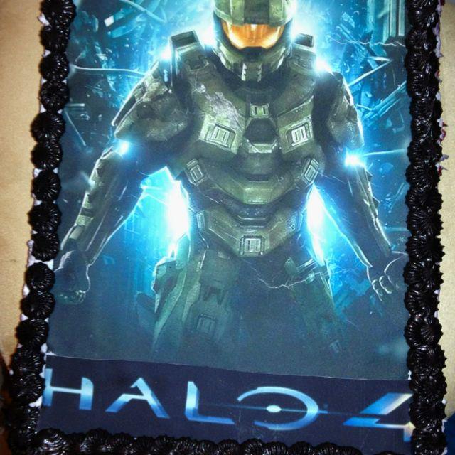 Halo Cake Della S Delicious Goodies Halo Game Halo 4 Halo