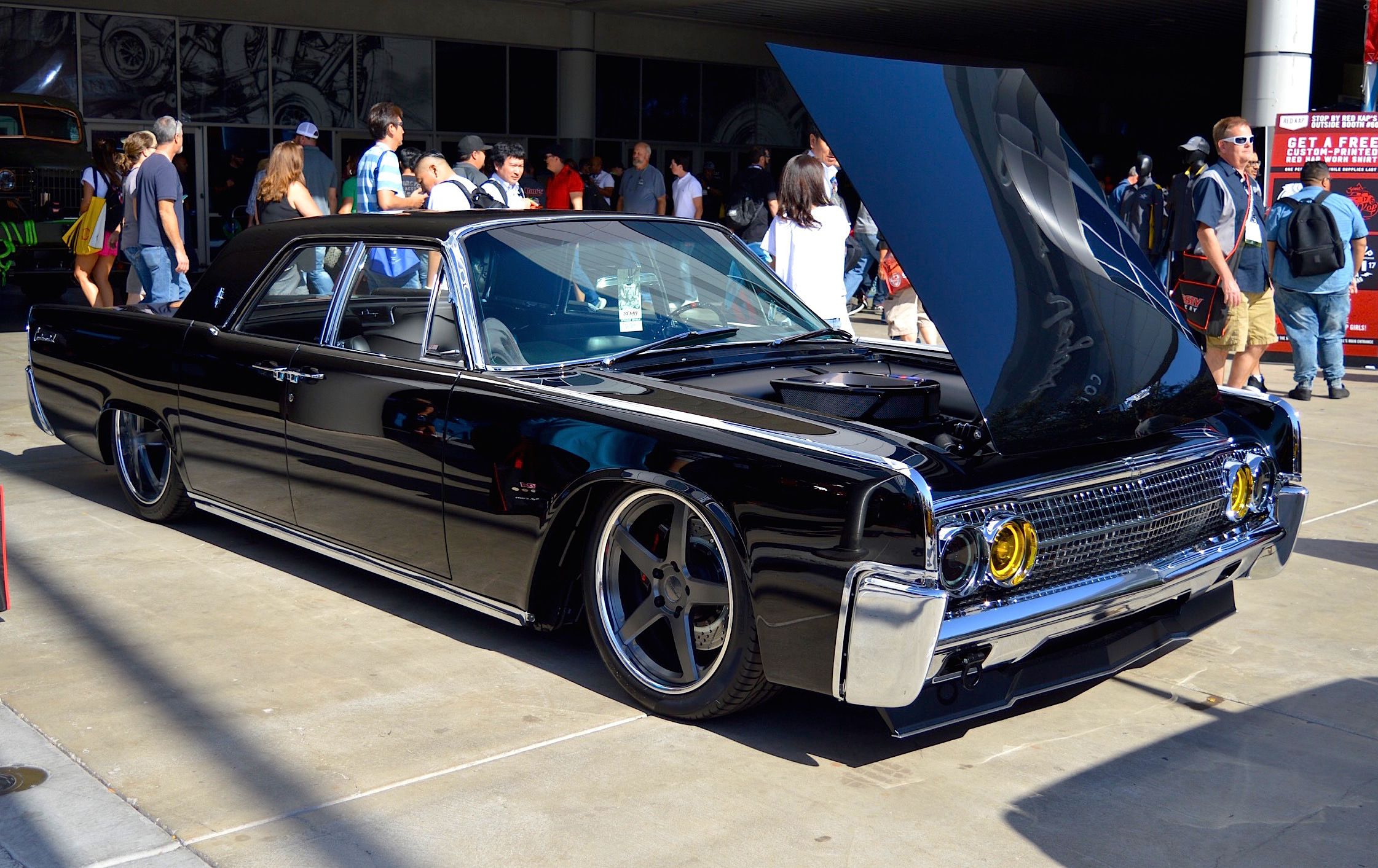 Could This Be The Classiest And Most Luxurious Hot Rod Yet Nick S Incredible 63 Lincoln Continental Performance Wheels Lincoln Continental Pro Touring Cars