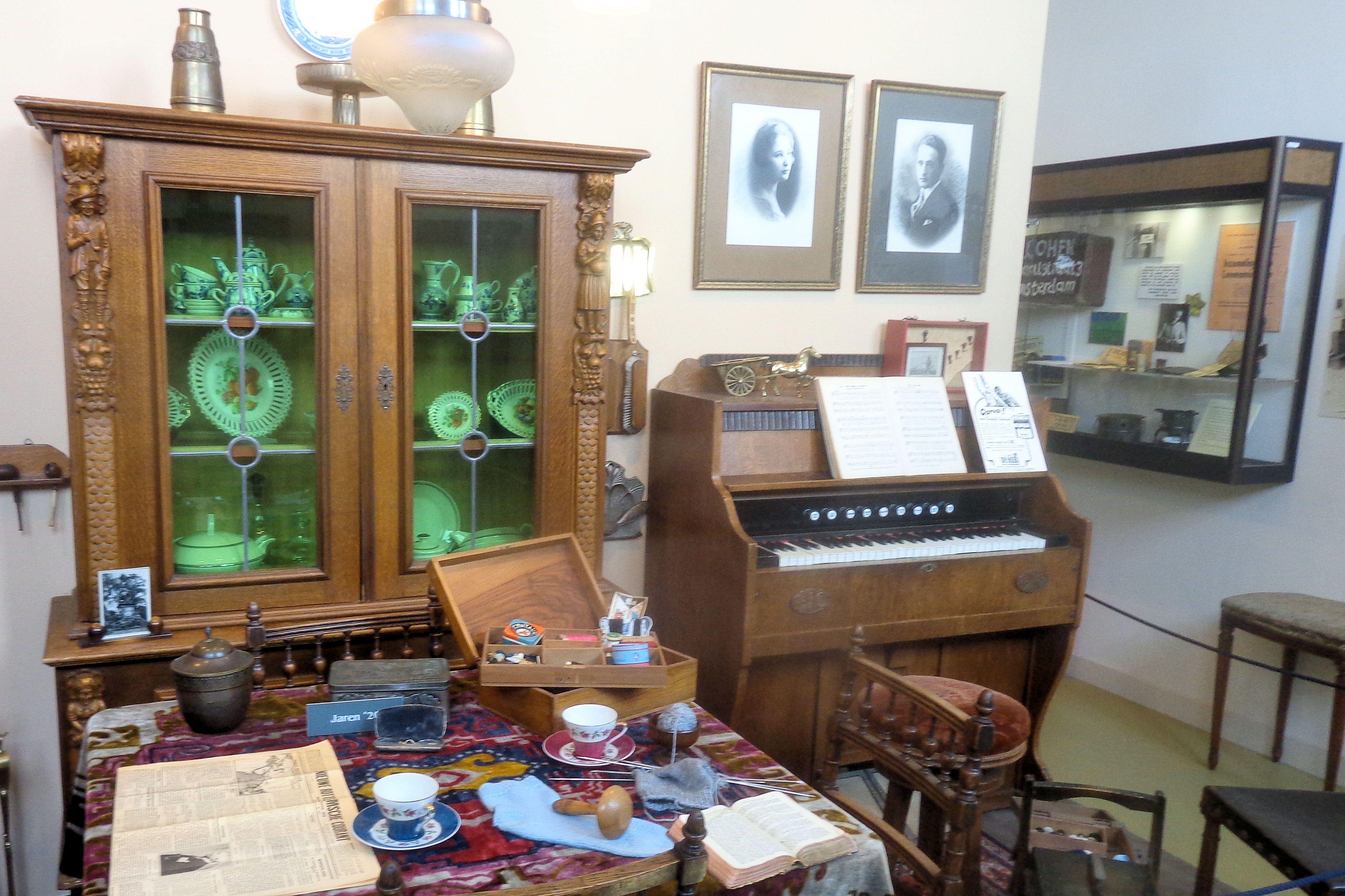 Museum van de twintigste eeuw, Hoorn - 2.