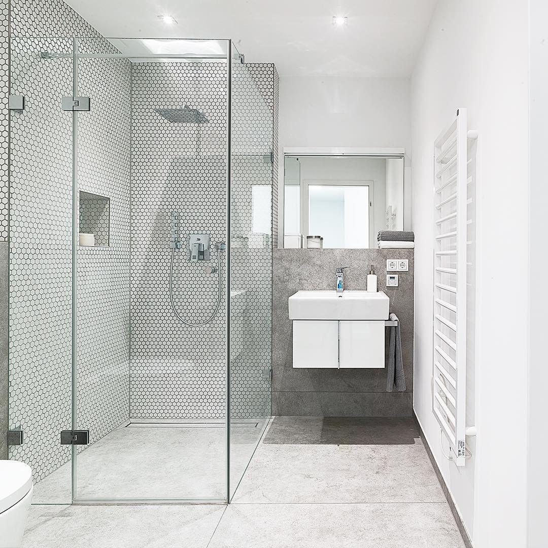 Wenn Alle Details Stimmen Einfach Schon Badezimmerdesign Design Architektur Inspiration Dusseldorf Oberkassel Reales Bathroom Bathtub Alcove Bathtub