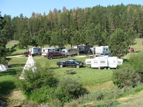 Crooked Creek Campground Resort In South Dakota Located In A Quiet Shaded Valley Of The Southern Black Hills Rv Parks Hill City South Dakota Crooked Creek