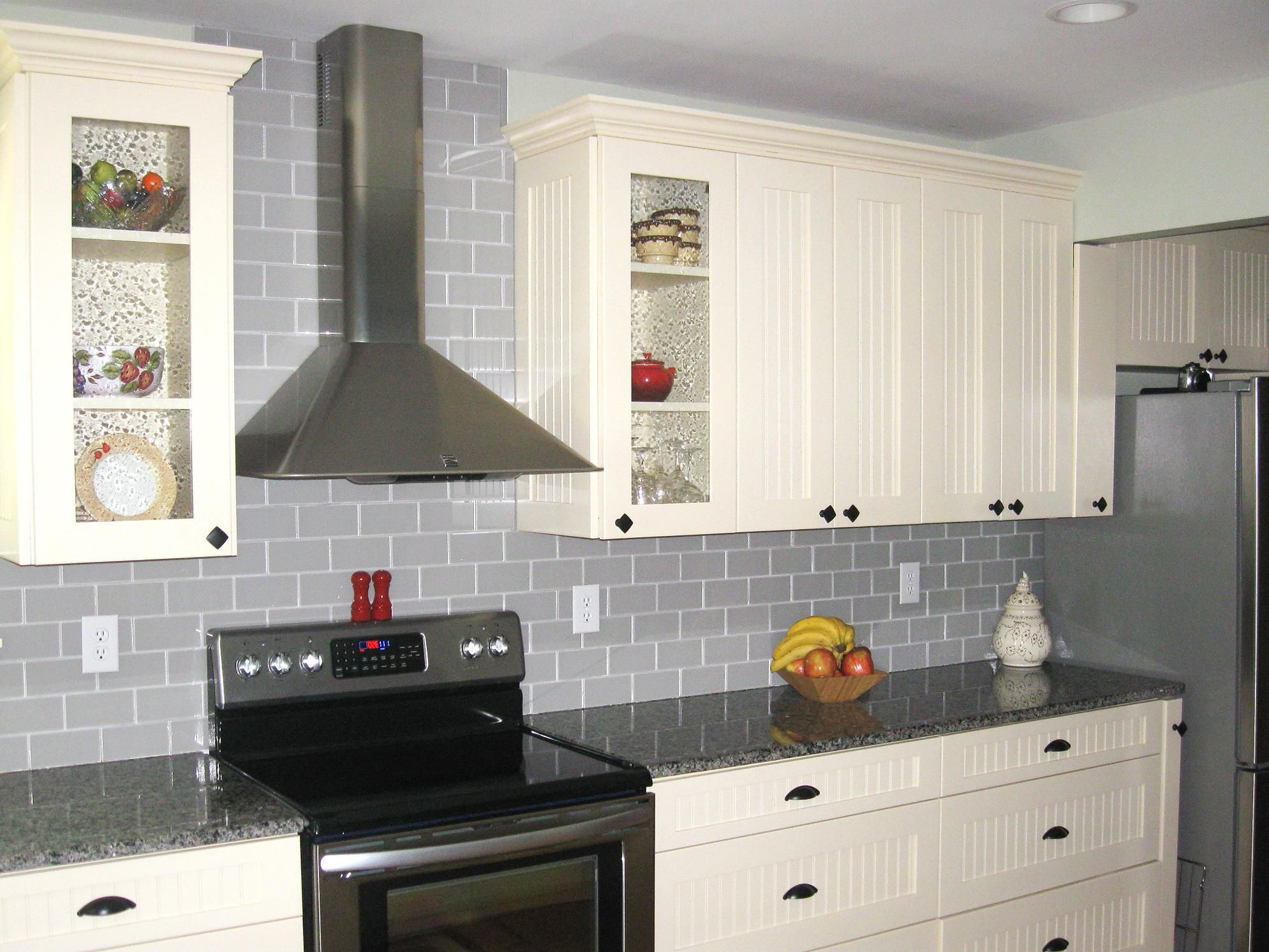 Black White And Gray Kitchen Ideas White Kitchen Cabinet Ideas Black And Grey Backsplash For