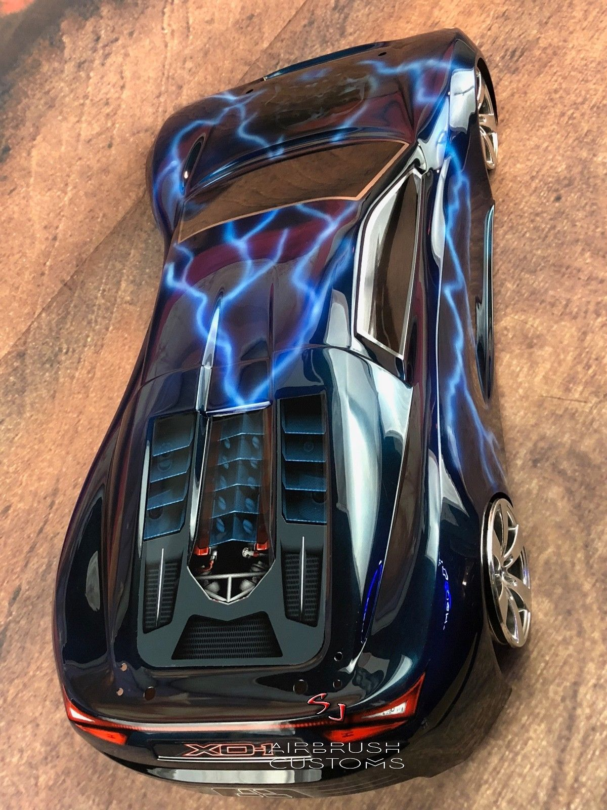 CUSTOM PAINTED TRAXXAS XO1 BODY, CANDY BLUE LIGHTNING