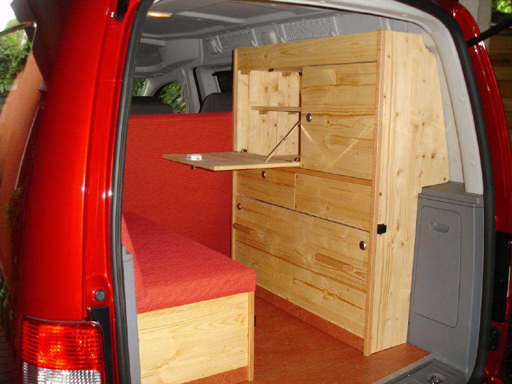 caddy ausbau vw caddy maxi mit trendline bio m belbausatz. Black Bedroom Furniture Sets. Home Design Ideas