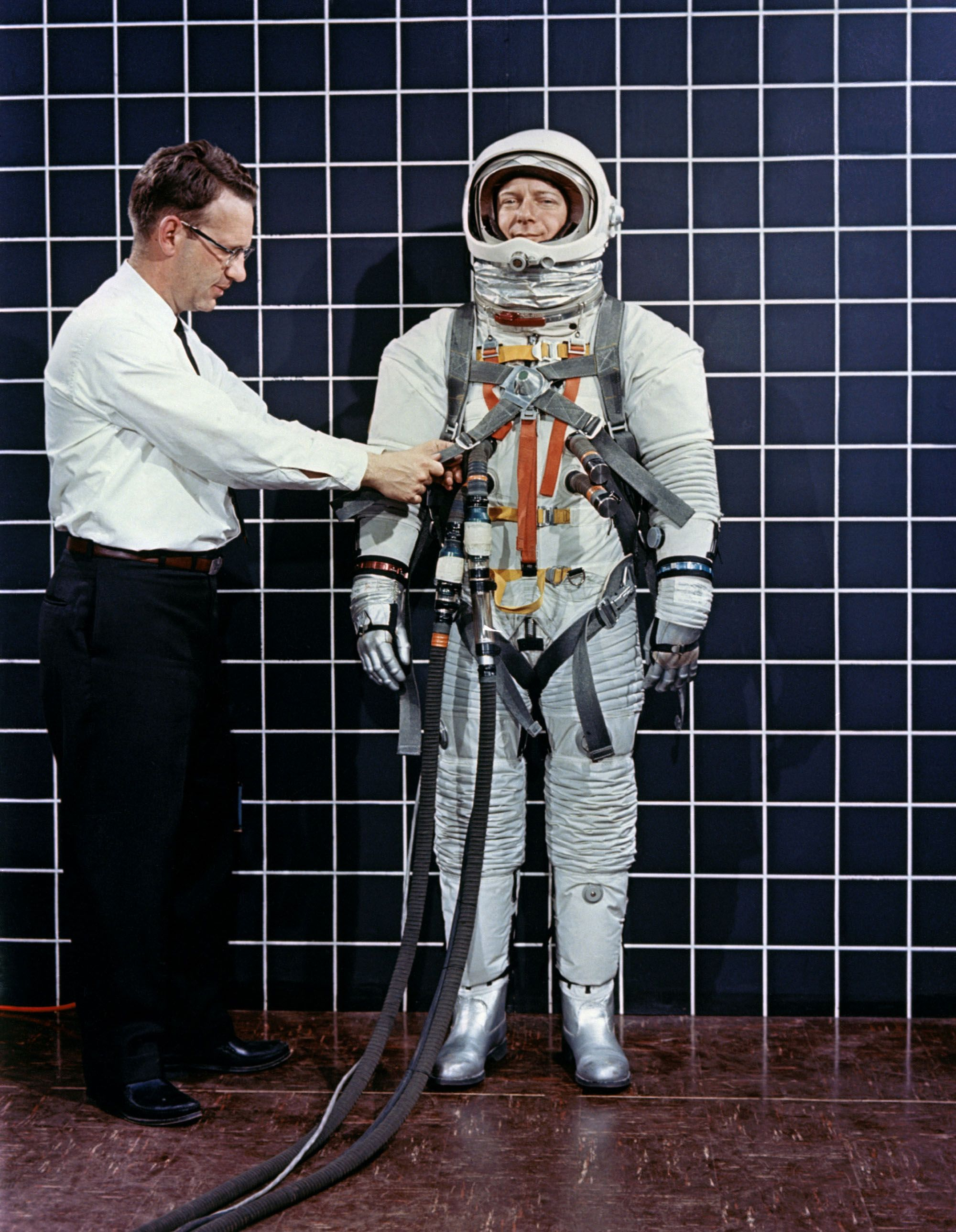 6 Jpg 2000 2575 Apollo Moon Missions Space Suit Space Nasa