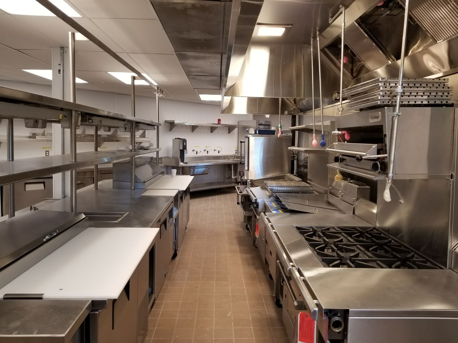 A Fully Equipped Commercial Kitchen Https Www Culinarydepotinc