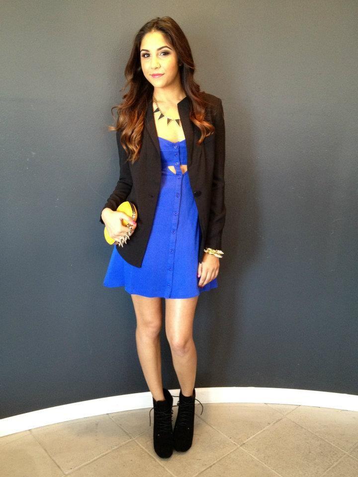 e8347ae436ed4 Blue dress + black blazer | Outfits | Fashion outfits, Fashion ...