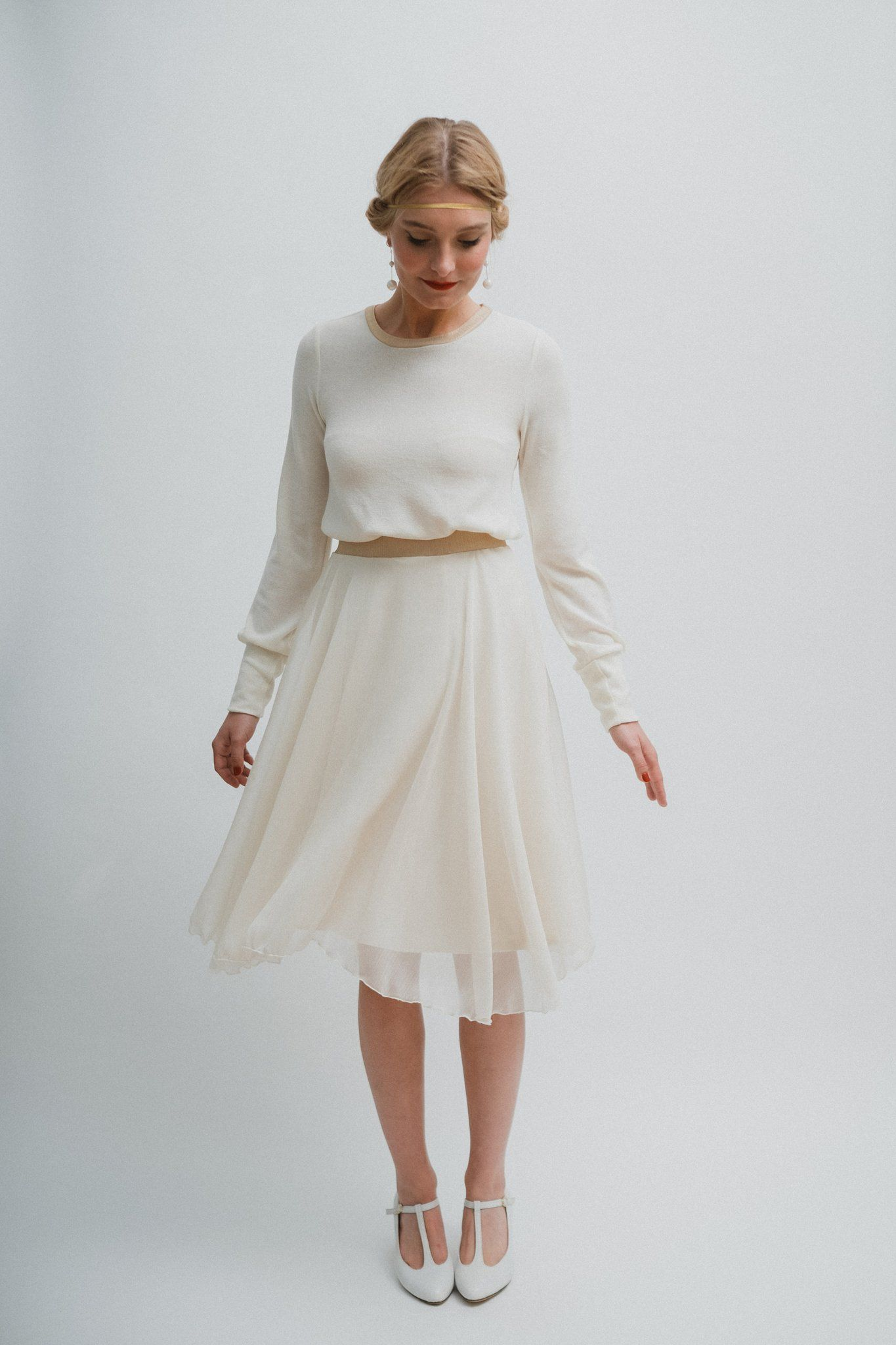 "Brautkleid ""Wolke"" kurzes Winterbrautkleid mit langärmligem"