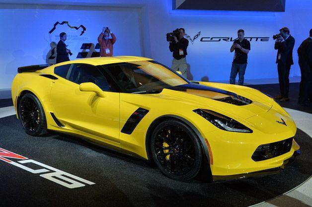 Supercharged 2015 Chevy Corvette Z06 Takes The C7 Beyond The Zr1 W Video Corvette Chevy Corvette Z06 Chevy Corvette