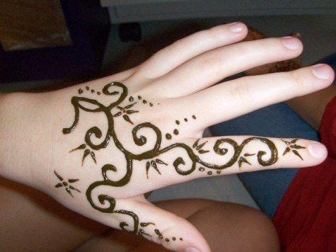 Mehndi For Dp : Mehandi design for eid that women loves whatsapp messages status