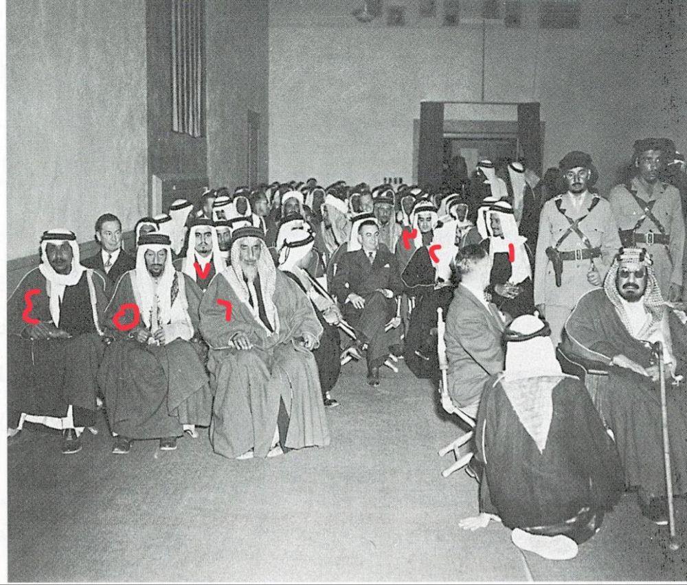 في عام ١٣٦٦هـ كان عمر الملك عبدالعزيز ٧٣ عاما وقام بزيارة لشركة ارامكو في الظهران فكان من فقرات الحفل فلم سينمائي عن ارامكو والبت King Faisal Saudi Arabia King