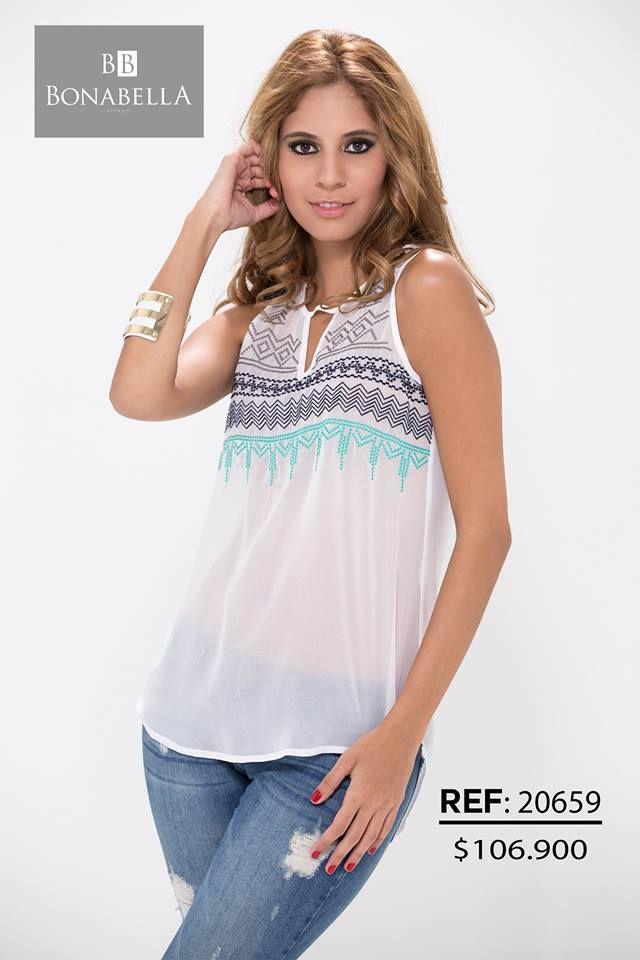 d3b99bcb18 Una blusa fresca y con un bordado en figuras geométricas que te dará un  estilo diferente.