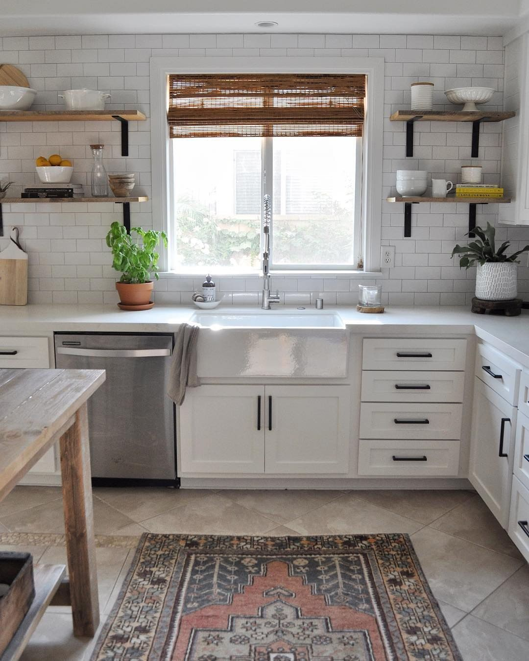 33 Plain Front Reversible Apron Farm Sink White Farmhouse Sink White Kitchen Remodeling White Modern Kitchen