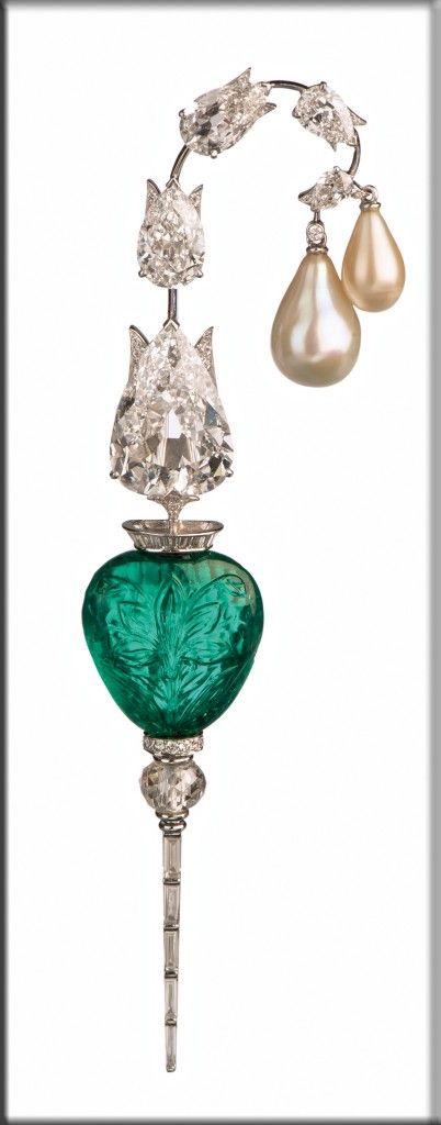 """Kalgi"" brooch; 2013; platinum, diamonds, emerald, pearls; Bhagat collection, Mumbai"