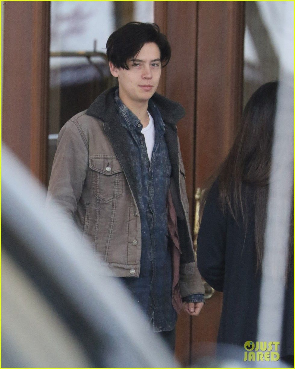 Cole sprouse greets fans riverdale filming 02 sprouse cole sprouse greets fans riverdale filming 02 kristyandbryce Choice Image