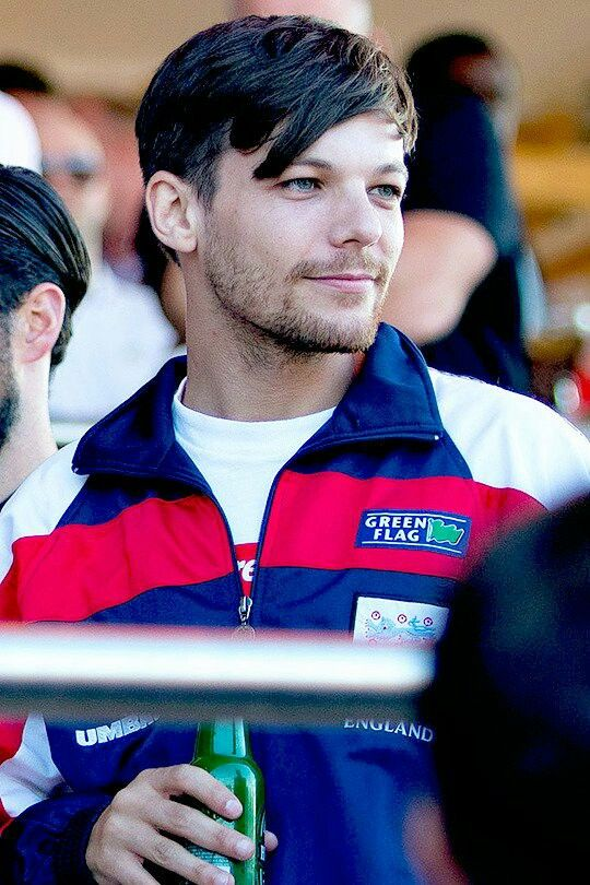 Louis at the England vs. Croatia match in Hyde Park - July 11th