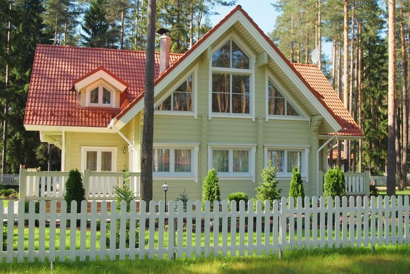 swedish house- model: wooden home from rovaniemi log houses