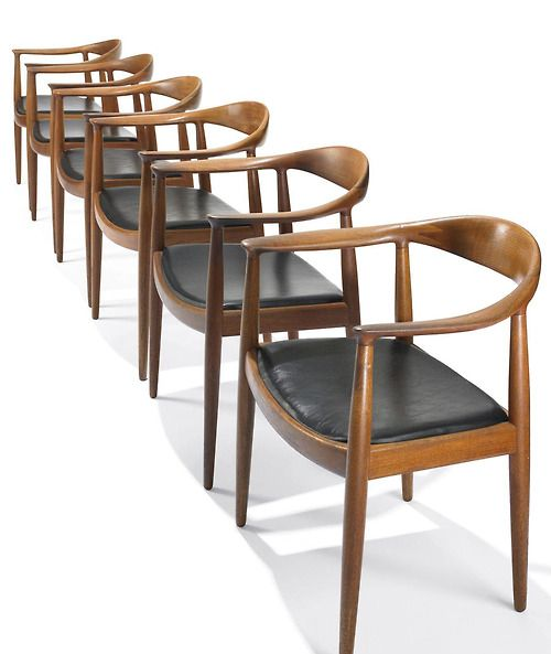 Superbe Scandinaviancollectors: The Chair (model PP503) By Hans J. Wegner, 1949.  Originally Manufactured By Johannes Hansen, Denmark. Material Teak And  Leather.