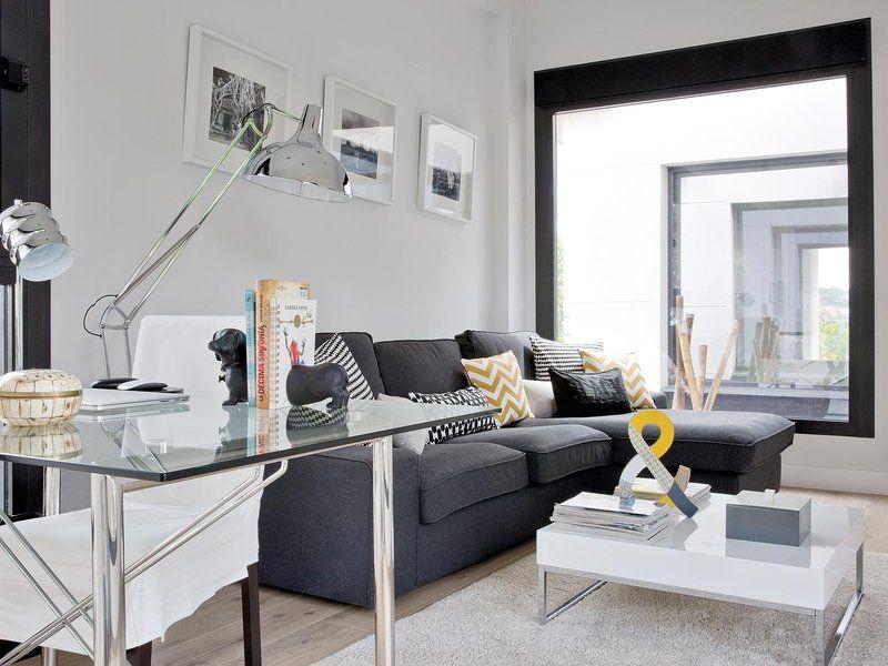 Sof con chaise longue de ikea cojines y l mparas de venta en maisons du monde mesa de - Sofas camino a casa ...