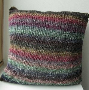 15 Beautiful Knit Pillow Patterns for Your Home & 15 Beautiful Knit Pillow Patterns for Your Home | Knitted afghans ... pillowsntoast.com