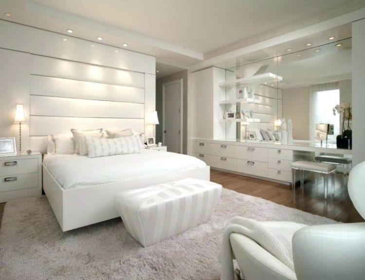 20 Gorgeous White Master Bedroom Ideas Luxurious Bedrooms Bedroom Interior Woman Bedroom