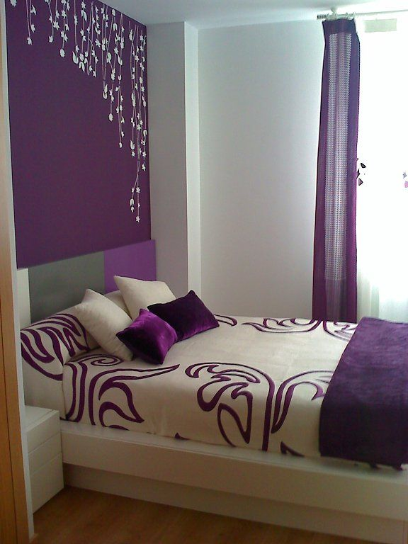 Post del color lila morado violeta color lila lilas y for Habitaciones de estudiantes decoracion