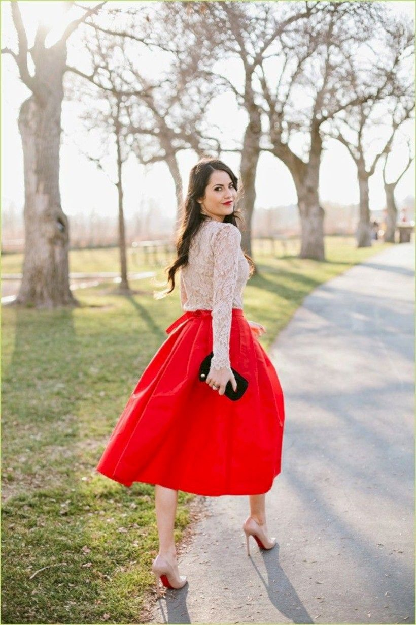 1a644e7f72 Cool 35 Dressy Christmas Outfits with Skirts for Women http   looksglam.com