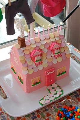 Baby doll birthday partydollhouse cake The Princess and The Frog