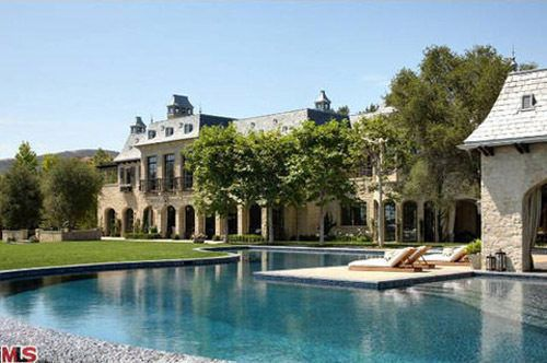 Dr Dre Drops 40m On Tom And Gisele S L A Chateau Hollywood