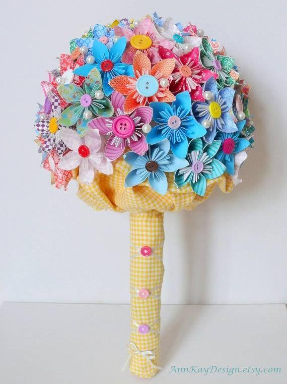Fugindo do tradicional, temos também o Bouquet feito com origami | Casamentos-Ideias-Dicas