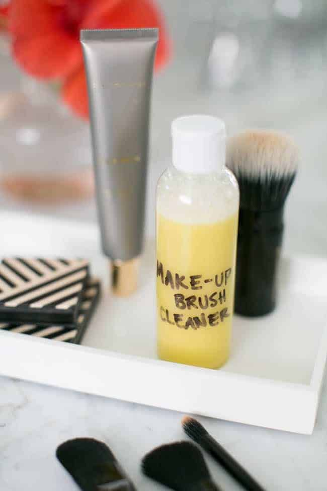 How To Clean Makeup Brushes  Diy Makeup Brush Cleaner  Hello Glow How To Clean Makeup Brushes  DIY Makeup Brush Cleaner  Hello Glow Diy Makeup diy makeup brush cleaner