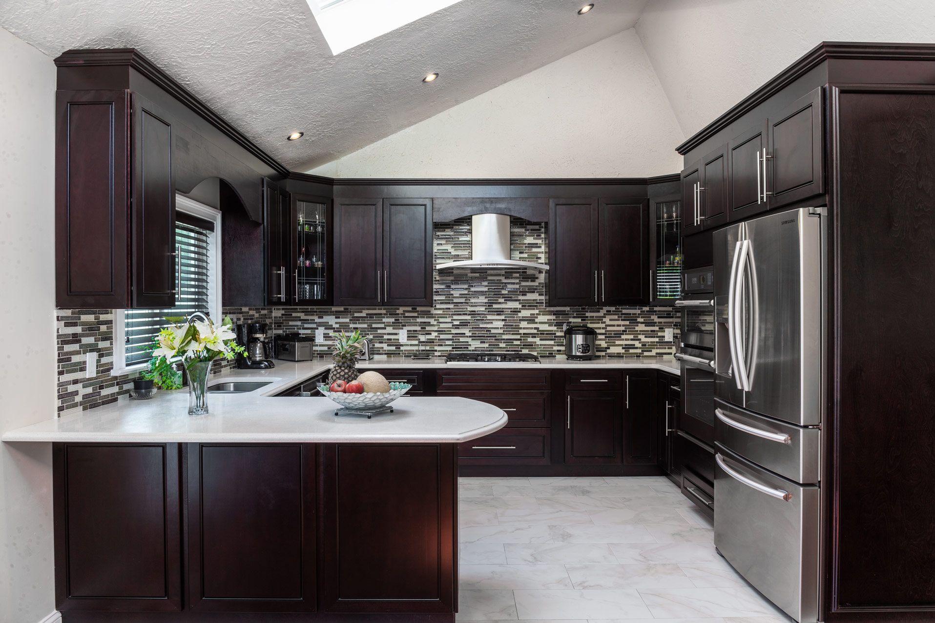 Home Cabinet Westbury K8 Style Modern Espresso Maple Kitchen In 2020 G Shaped Kitchen Interior Design Kitchen Kitchen Layout