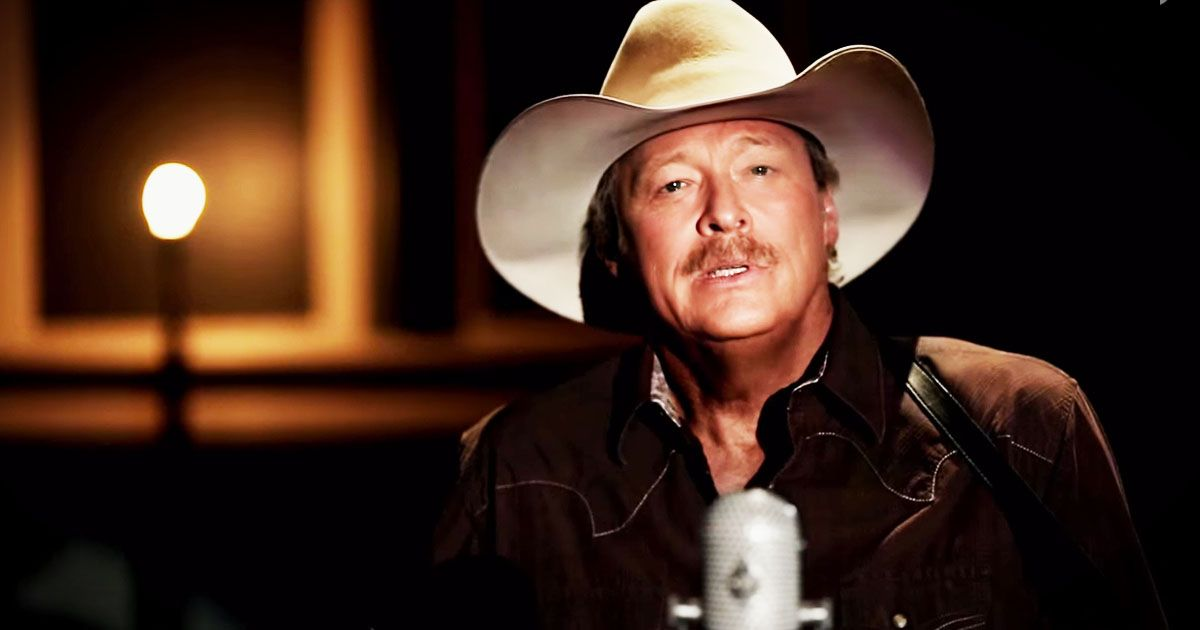 It S Impossible Not To Love Alan Jackson S Voice And He S Never